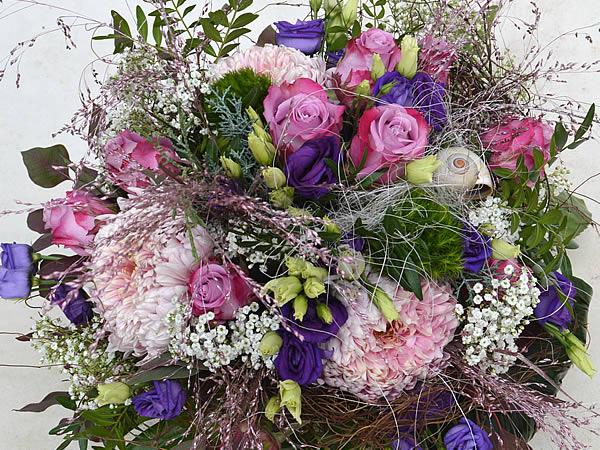 Blüten mit Stil